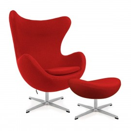 Replica Egg Chair con poggiapiedi del designer Arne Jacobsen