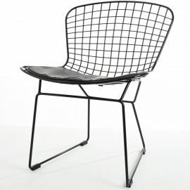 Replica della sedia Bertoia in acciaio nero di Harry Bertoia