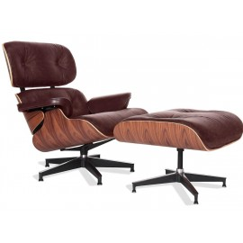 Eames Lounge Chair replica in pelle vintage invecchiata.