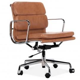 Replica della sedia da ufficio con imbottitura morbida EA217 in pelle vintage invecchiata