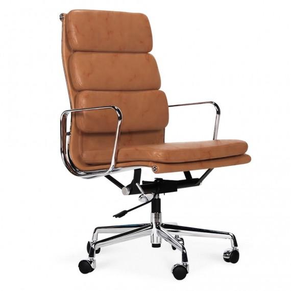 Replica della sedia da ufficio con imbottitura morbida EA219 in pelle vintage invecchiata