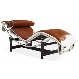 Replica della chaise lounge LC4 in pelle di cavallino