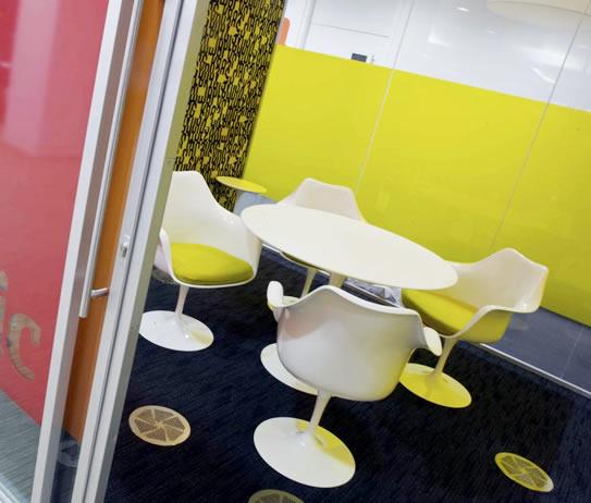 tavolo-tulip-strato-mobilie-design